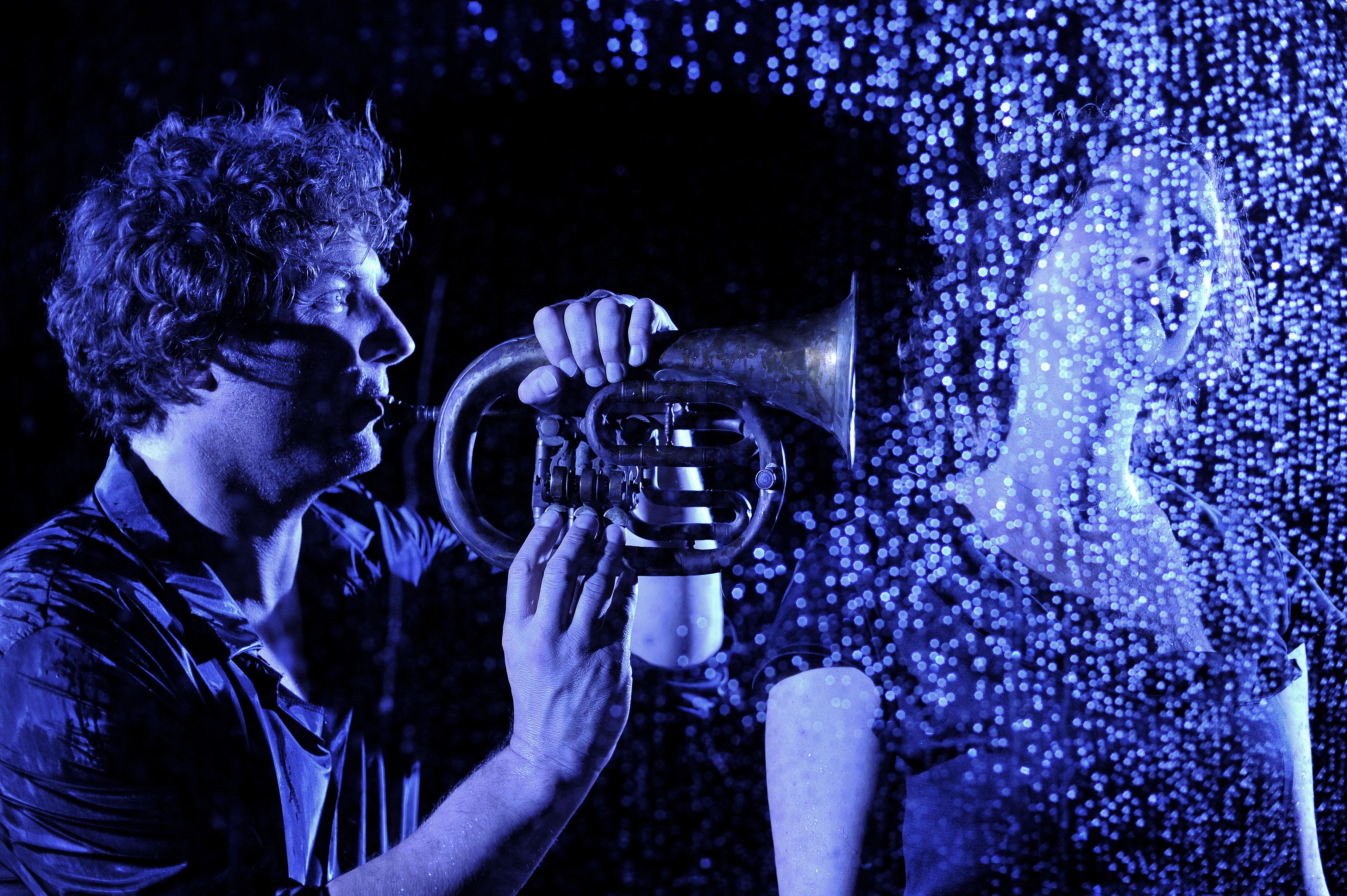 Tournage de vidéo-clip par Pierre Terrasson      (c)G.Roussel - contact : +33 6 86.70.70.68 mail: g.roussel.apercu@gmail.com